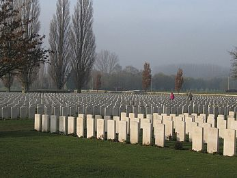War tourism and properly honouring the sacrificed
