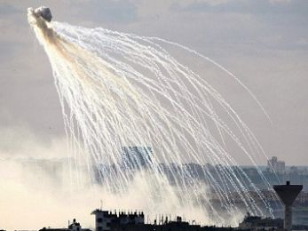 War crimes: Did the U.S. use white phosphorus without informing its allies?