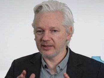 Julian Assange hung out to dry — yet again