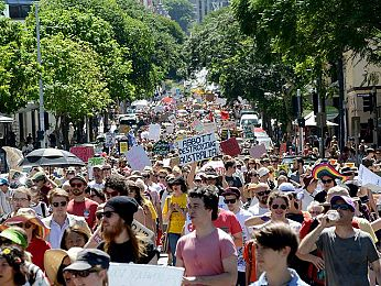 March in March Brisbane: Abbott protest above party politics