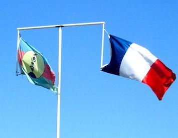 New Caledonia Referendum: 'Vivre Ensemble' vs'Chez Nous'