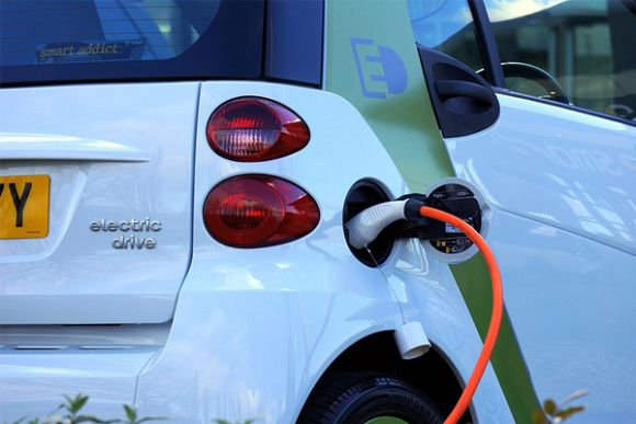The Coalition's foolhardy war on electric cars