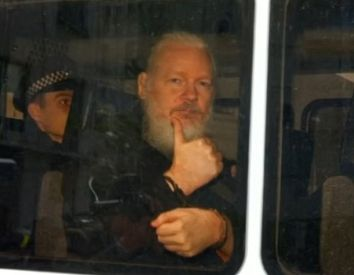 Council of Europe sides with Julian Assange