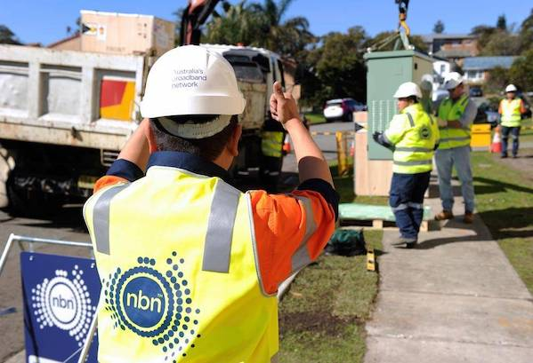 Slow progress for NBN as mobile sector surges ahead